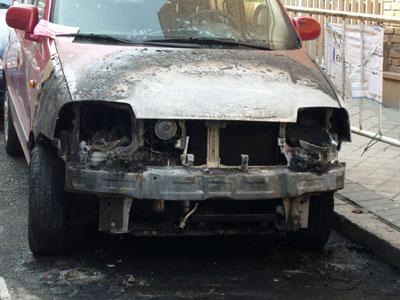 coche-quemado-zoom-02-s