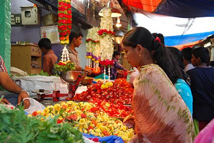 mercado devaraja flores en mysore s