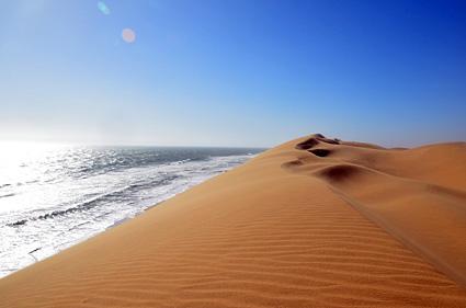 desierto y oceano